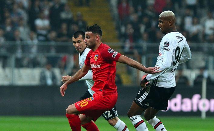 İlk yarıda Beşiktaş önde