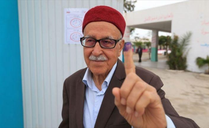 Uzmanlar Tunus yerel seçimlerini değerlendirdi