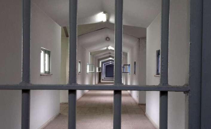 Genç kızı darp eden taksiciye 3 yıl 4 ay hapis istemi