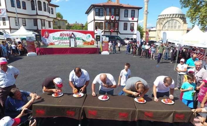 Domates yemede yarıştılar