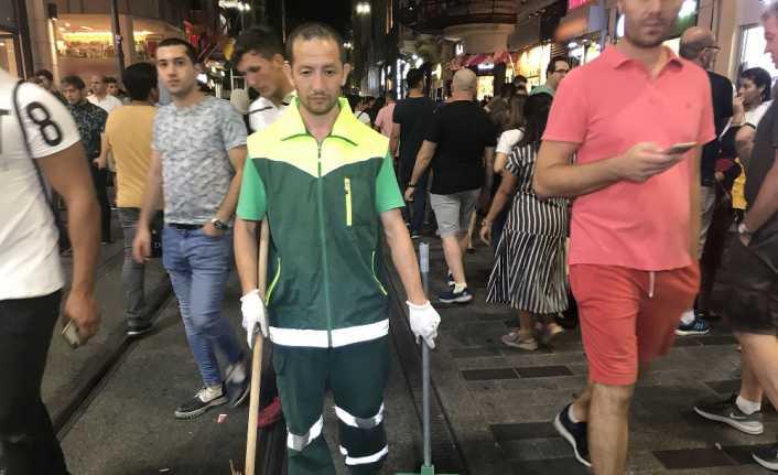 Taksim'de temizlik işçisinden insanlık dersi