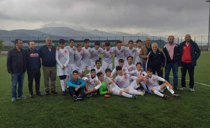 Erz Enerji Belediyespor'dan bir sezonda 3 şampiyonluk