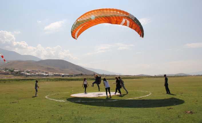 Erzincan Yamaç Paraşütü Şampiyonası'na ev sahipliği yaptı