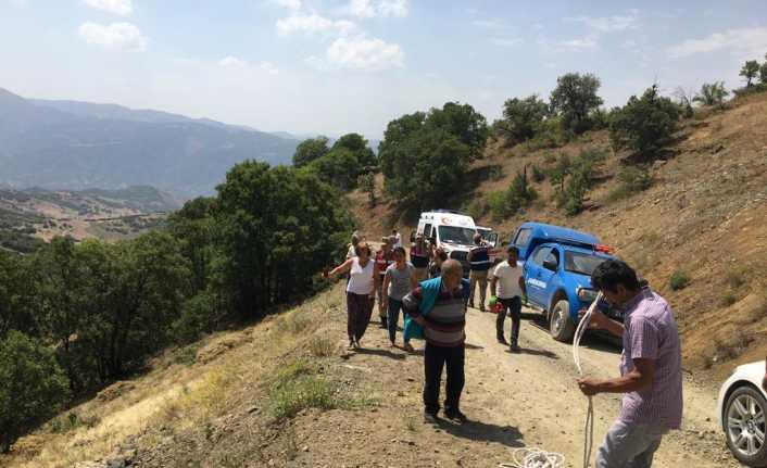 Üzümlü'de Traktör Uçuruma Yuvarlandı 2 Yaralı