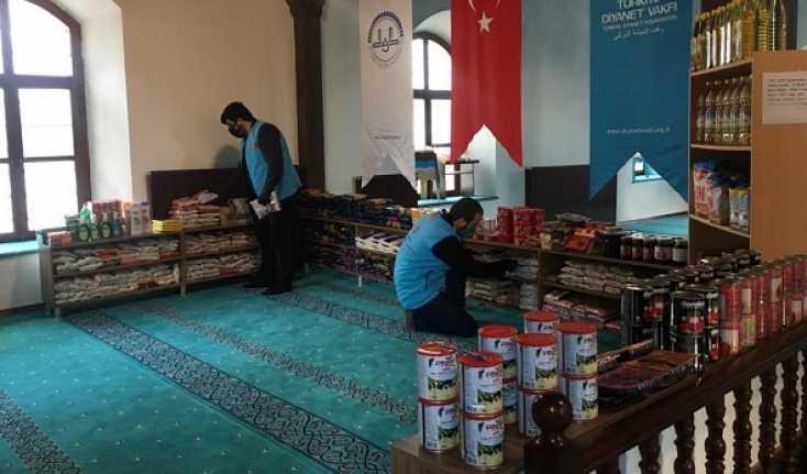 Erzincan'da Caminin kapıları hayır için açıldı