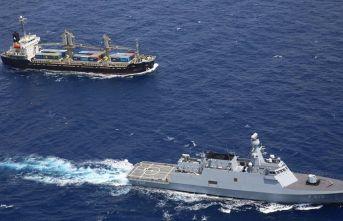 Husilerin Kızıldeniz'de ticaret gemilerine saldırı girişimi engelledi
