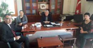 Taş Erzincan Yaşlıları Koruma Derneği'ni ziyaret etti