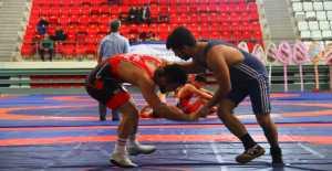 Güreş Türkiye Şampiyonası başladı