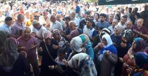 Erzincan'dan İlk Hac Kafilesi Dualarla Uğurlandı