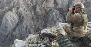 """""""Kıran-4"""" operasyonunda 11 sığınak imha edildi"""