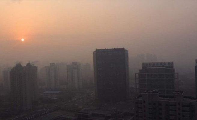 Çin'de hava kirliliğine turuncu alarm