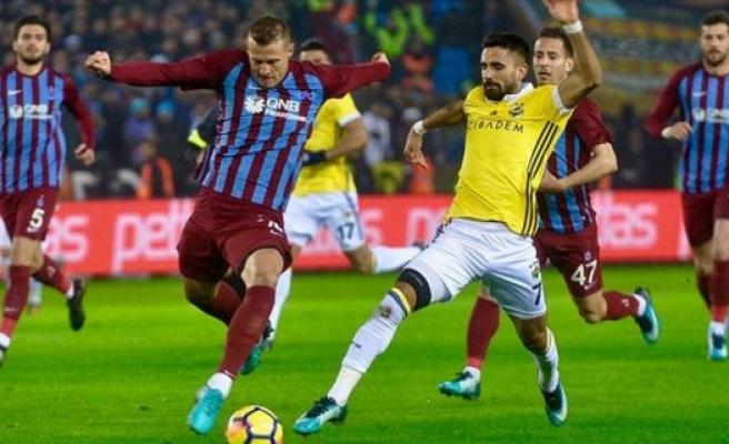 Trabzonspor rakiplerine geçit vermiyor