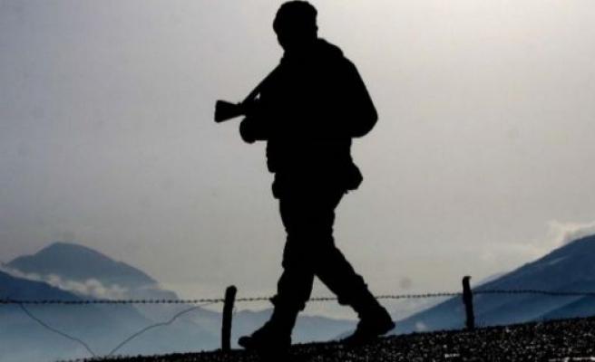 TSK: 2 asker şehit, 11 yaralı