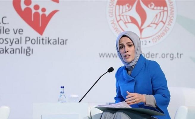 Esra Albayrak'tan 'çocuk istismarı' açıklaması