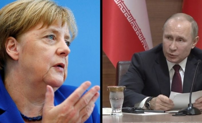 Merkel ve Putin'den Suriye görüşmesi