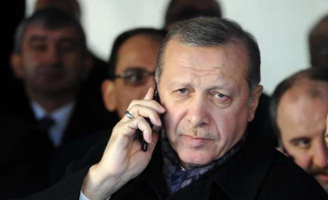 Suudi Arabistan Kralı ve Filistin Devlet Başkanı ile telefonda görüştü
