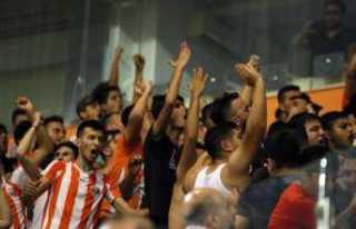Adanaspor Başkanı ile taraftarlar arasında gerginlik