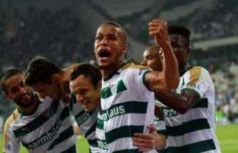 Ekong Bursaspor'a veda etti