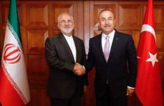 Çavuoğlu İranlı mevkidaşıyla görüştü