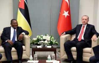 Mozambik Devlet Baskanı Nyusi ile görüştü