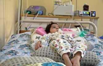 Elektrik kesintisi 1.5 yaşındaki SMA hastası Uğur'un kabusu oldu