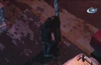Genç çift sokak ortasında tekme-tokat kavga etti