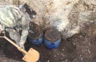 Erciş'te PKK cephaneliği ele geçirildi