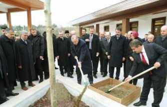 Erdoğan, 15 Temmuz Millet Bahçesini gezdi