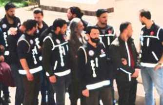 FETÖ'den 64 gözaltı kararı