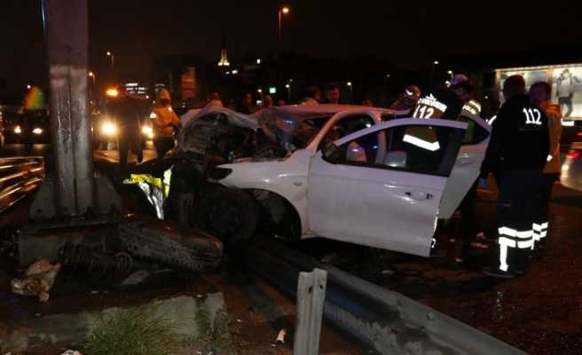 Bakırköy'de kaza; 1'i ağır 3 yaralı