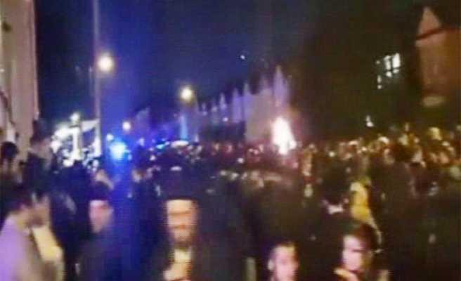 Kutlama sırasında havayi fişekler patladı: 30 yaralı