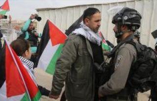 'Filistinli cesur kız' Temimi'ye destek gösterisine...