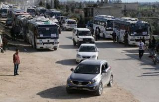 Esed'in kuşattığı Kadem'den bin 55 sivil tahliye...