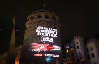 'Kudüs'e Destek' mitingi afişi Galata Kulesi'ne...
