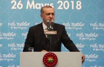 Erdoğan polis teşkilatıyla iftarda buluştu