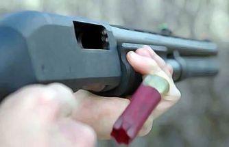 Kayısı toplayan babasını av tüfeğiyle öldürdü